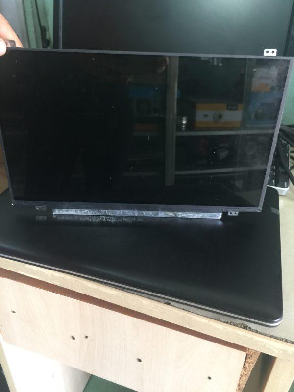 man-hinh-LCD-Laptop-15.6-14.1-14.0-17.0 2